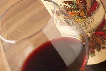 イタリアの美味しいワイン、各種そろっています