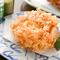 専用の油で揚げる桜海老のかき揚げは絶品。