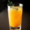 それぞれの旬を見極めて仕入れる柑橘類