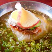 あっさりとした風味が食欲を増す『冷麺』