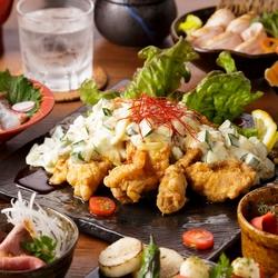 「博多名物もつ鍋」や「美桜鶏のハラミポン酢和え」などお楽しみ頂けるコースです!