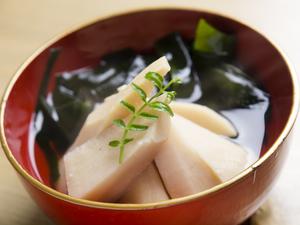 お箸でいただくイタリアン『鮮魚のアクアパッツア』