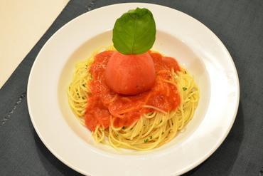 丸ごとトマトのペペロンチーノ
