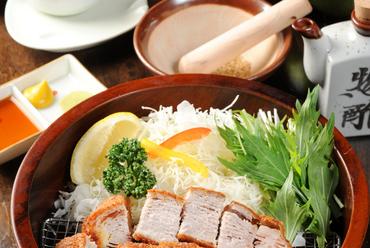 京都唯一の特別な銘柄豚「京都ぽーく」を使用した『蔵かつ御膳』