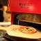 ピッツァは最新のピザ窯で焼き上げ。すべての料理が本格的です