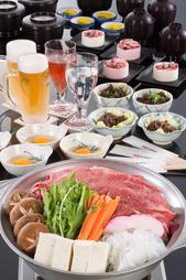 すき焼き風の甘めのダシと、霜降り松阪牛の相性ぴったり!