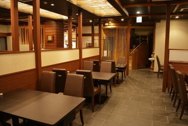 テーブル席(1階)