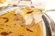 ジュニパーベリーはセイヨウネズという針葉樹の果実を乾燥させたスパイスでジン(蒸留酒)の香り付けにも使用されています。  スパイシーな香りのキャベツとソーセージの絶妙な調和をお楽しみください。