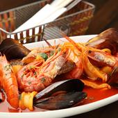 野菜と新鮮な魚介類をな5~6種使う『ブイヤベース』