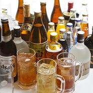 ビールはもちろん、ウィスキーや焼酎もあり、美味しい料理と一緒にお酒も存分に楽しめます。宿泊施設が併設されているので、帰りの時間を気にすることなく、たっぷりと料理とお酒を楽しむことができます。