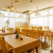 大人数での催事や食事会など、どんなシーンでも利用できるお店です。