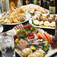 種類豊富な次第弁当は、予算やシーンに合わせて選ぶことができます。イベントのお弁当から大切な法事にピッタリの仕出し弁当、パーティ料理もあり、さまざまな相談にも応じてくれます。
