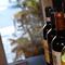 たくさんのイタリアワインにかこまれながら