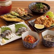 料理は人気メニュー中心の全6品 メインの串カツは8種類 豊富な飲み放題メニュー