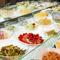 新鮮な野菜をたっぷり食べられるサラダ・デザートバー
