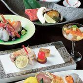 料理人の技を目でも楽しめる、本格料理に舌つづみいただけます。