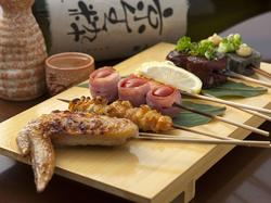 【コース特典】 6名様以上で飲み放題付きコース料理ご利用で、「1名様分無料」!!