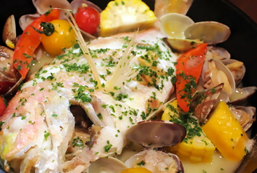 旬鮮魚のアクアパッツァ ~お好みの鮮魚をチョイスして、まるまる一匹使います!~