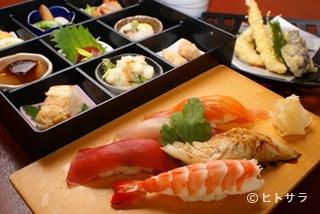 すしダイニング 四日市の料理・店内の画像1