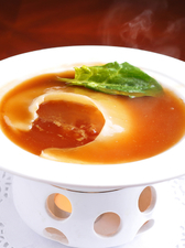 中華の王道『フカヒレの姿煮』