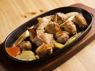 鶏の旨さが際立つ『鶏生焼(こんじょうやき)』