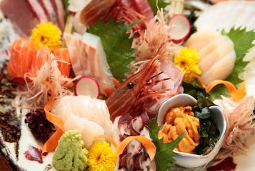 新鮮魚介類たっぷり『お刺身盛合せ(二~三人前)』