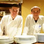 本格洋食のシェフ(弟)と店長で利き酒師の和食シェフ(兄)