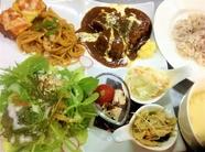 昼ランチセット&手作りデザート(ドリンク 注文で無料サービス)*11:30~13:30(LO)