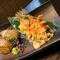 香ばしい香りがたまらない『大トロサバ棒寿司』