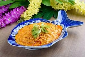 『プーパッポンカリー』日本人に人気のカニと玉子のカレー炒め