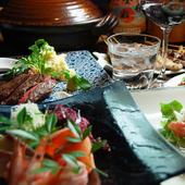 国産の厳選肉をはじめ、瀬戸内や山陰などの旬の鮮魚を楽しめる。