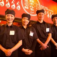 焼肉・ホルモンを食べながら、楽しい時間をお過ごしください! 歓迎会・送別会・新年度の宴会などに、【米子酒場情熱ホルモン】をご利用ください。