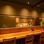 宴会に最適なお座敷にテーブル席などの個室を完備
