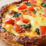 女性に大人気のパイ生地を使ったピザです!