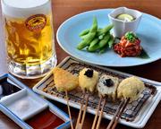 ◆生ビールとおばんざい三種盛 980円(税抜)◆生ビールとお万歳三種盛と串揚げ4本 1280円(税抜)