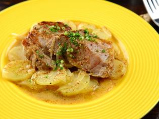 「あそび豚」はやわらかく甘味のある食材
