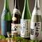 地酒は日本各地のものを10種類以上揃えています