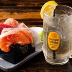 季節で変わる旬の鮮魚は、毎朝豊洲市場から厳選して仕入れています。その日に水揚げされた新鮮な魚でつくる刺身盛合せが人気です。おひとりさまにも気軽に楽しんでもらえる「旬魚の升盛り」も提供されています。