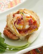 もっちりとした百合根饅頭に蟹の出汁の利いた銀餡かけ