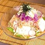 淡路島の玉ねぎと半生かつお節のサラダ