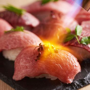炙り肉寿司コース[3H飲み放題×8品]うにく寿司,牛肉&牛タン握り