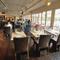 リゾート気分が味わえる、都会のオアシス的なカフェレストラン