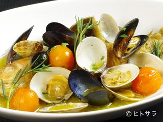 """毎日仕入れた、新鮮な魚介類の旨味をいかした""""イタリアン"""""""