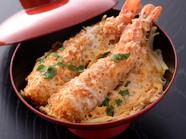 大ぶりの海老と特製ダレが絶妙『スペシャル海老カツ丼』