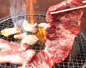 牛ワラジ ※当店のスタッフがお客様の目の前で直接お焼します。