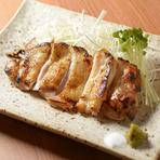 日本酒を引き立たせる「鶏もも肉塩麹焼き」