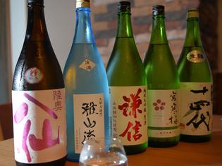 季節ごとにおいしい日本酒を仕入れています