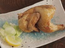 北海道の名物料理『若鶏の半身揚げ』