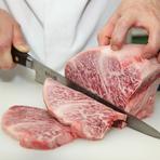 その日仕入れた肉のおすすめ部位を日替わりで紹介。本日は、リブロース中心の抜群に柔らかい芯の部分です。