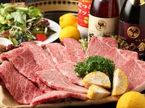 お肉を中心に据えた、贅沢なコース料理はいかが